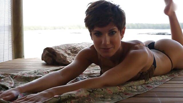 زرق لینک کانال داستان های سکسی در تلگرام و برق دار Effie Gold از اولین فاک مقعدی خود لذت می برد