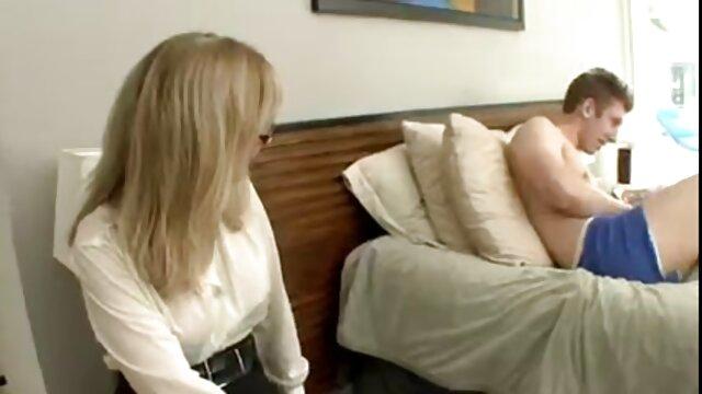 نگاهی معصوم اما نه چندان کانال تلگرام فیلم های سینمایی سکسی معصوم