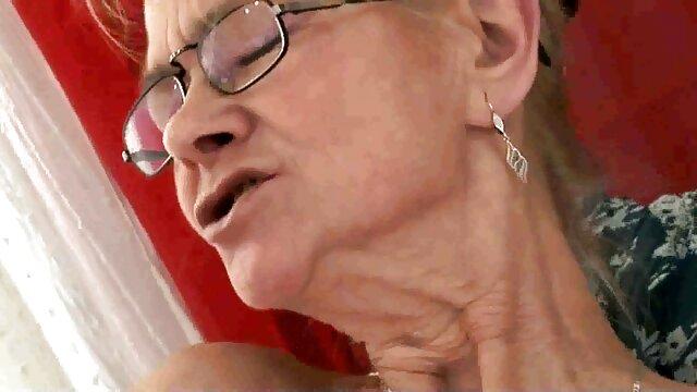 - طلای اوبری رانهایش را خرد می معرفی کانال فیلم سکسی در تلگرام کند ، مادربزرگ