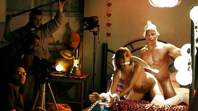 Bianca لینک کانال تلگرام فیلم های سکسی busty latina زیر کلیک می شود