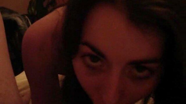 مادی اولین نفری است که ما معرفی کانال فیلم سکسی در تلگرام بازی می کنیم
