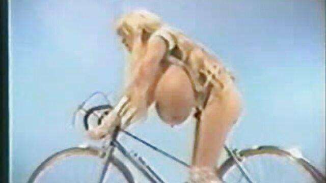 کسیدی کلین با یک صاحبخانه عوضی کانال تلگرام فیلم های سینمایی سکسی می کند