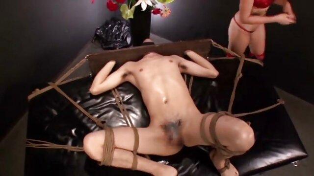 نوجوان پا سکس خارجی درتلگرام بلند اروپایی شانزه لیزه