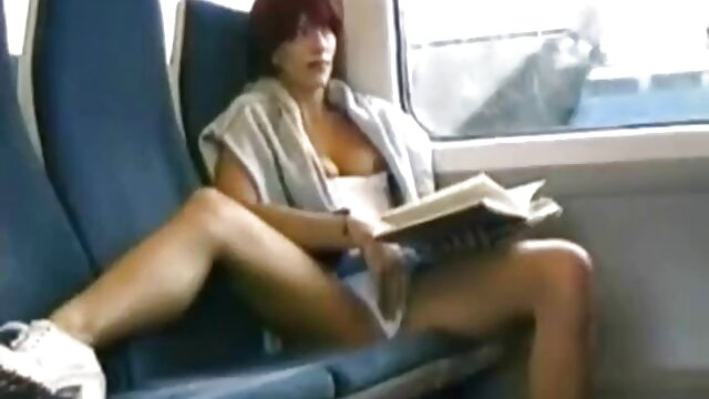نوجوان سرگردان سارا یک غریبه را لوس می کند کانال تلگرام عکس های سکسی